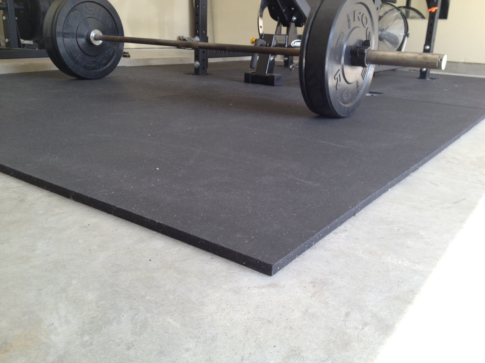 Black with Blue EPDM Flecks Gym Flooring Rubber Mat